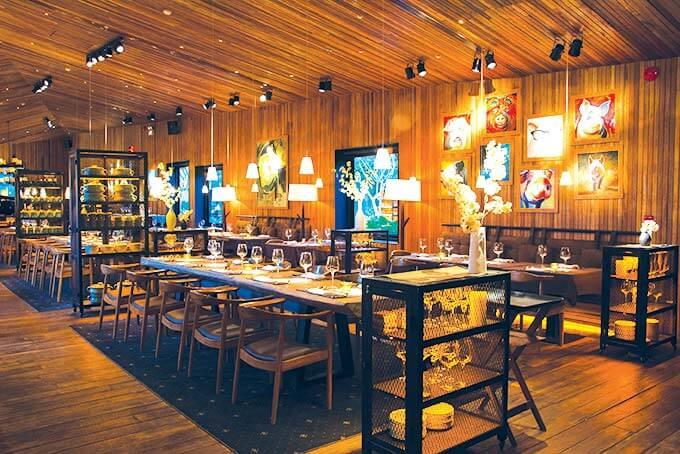 Trung bày không gian nhà hàng